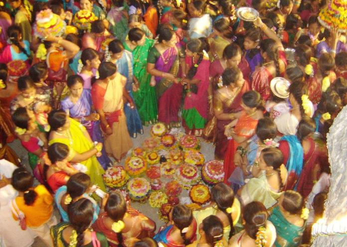 essay of dussehra festival